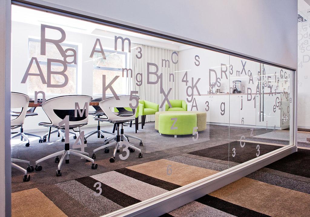 On The Dot; Plattekloof: Interior Design by www.collaboration.co.za